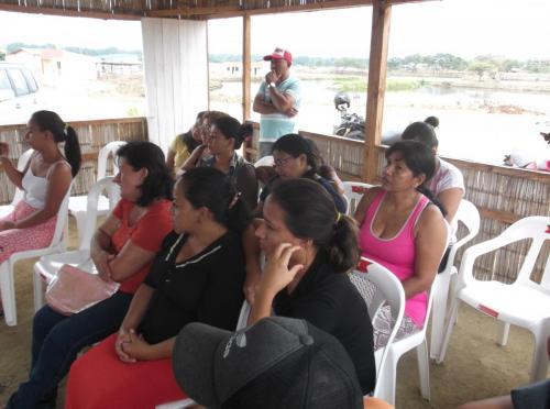 Reunión con Asociación de Mujeres Emprendedoras de Salinas