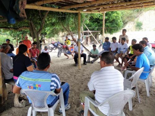 Reunion comunidad Puerto Cabuyal